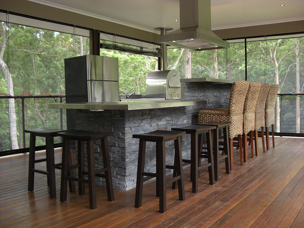 Outdoor Domestic Kitchen