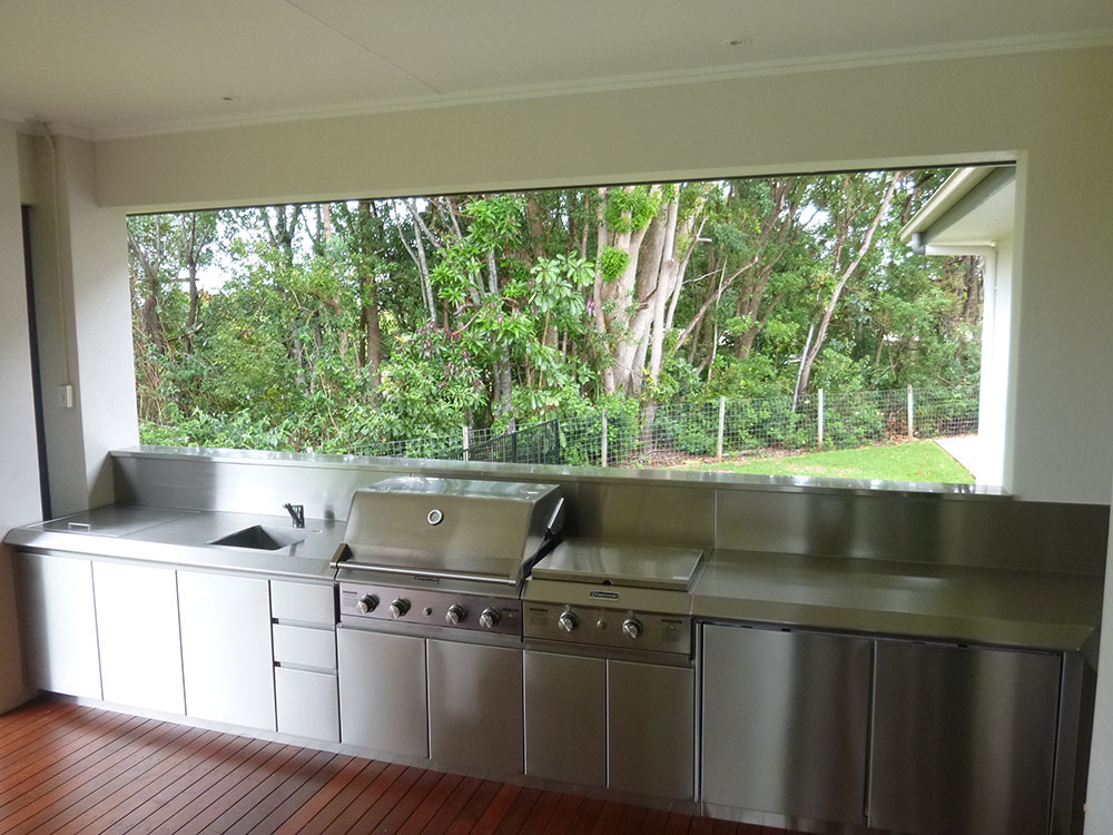 Stainless-Steel-Fabrication-Outdoor-Domestic-Kitchen